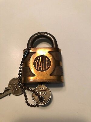 VINTAGE ANTIQUE YALE & TOWNE MFG CO Padlock BRASS WITH KEYS
