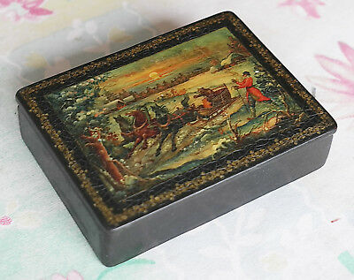 """Antique Russian lacquered box from Mstera Шкатулка """"Генерал Топтыгин"""" Мстера"""