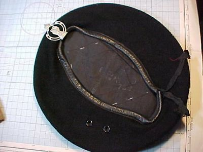 Original Wwii British Black Beret With Badge - 1944 Dated
