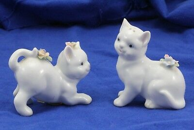 Vintage White Porcelain Cat Kittens Salt & Pepper Shakers.