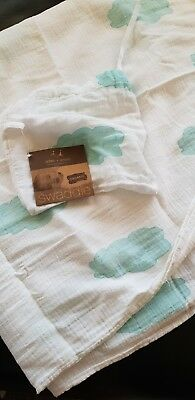 Baby boy swaddle Aden And Anais