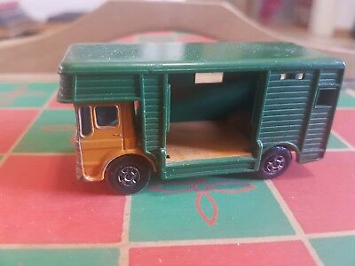 Matchbox ERGOMATIC CAB Horse box 1969 Lesney Series No.17