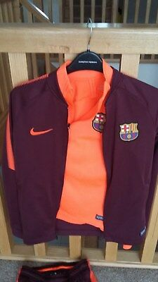 Boys Nike Barcelona Tracksuit Aged 10-12, Perfect Condition, only worn once