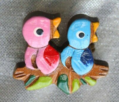 Cute Hand-painted Carved Wooden Birds Brooch 1940s vintage