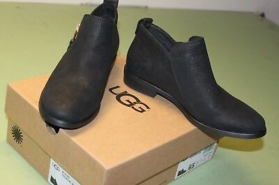 1e32cbcfe8e7 UGG Australia Glee Block Heel Booties Boots BLACK Leather Woman s Size 6.5  NEW