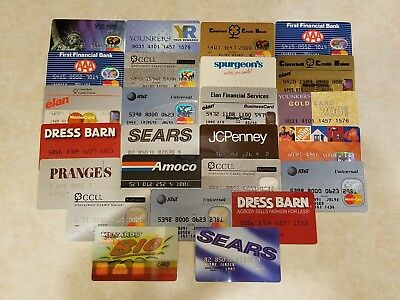 25 Expired Credit Cards 1989-2011 MasterCard Amoco Spurgeons Pranges Younkers+