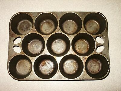 Vintage/ Antique 11 Cup Cast Iron Muffin Pan