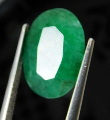 Natural 5.20 Ct Oval Cut Colombian Loose Emerald Gemstone. Y525