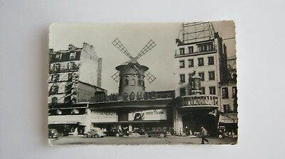 Paris  Le Moulin Rouge