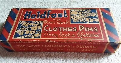 VINTAGE HOLDFAST WORRY SAVER CLOTHES PINS 24 SPRING WOOD CLOTHESPINS in PACKAGE
