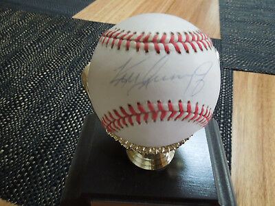KEN-GRIFFEY JR Hand signed Baseball in gold glove stand & photo