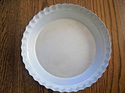 "Vintage WearEver Aluminum Pie Plate 2865 Pie Pan 10"" By 1.75"" Fluted Edge USA"