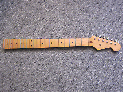 STRATOCASTER ,HALS, NECK mit Locking Mechaniken