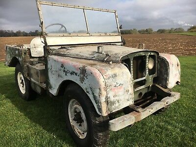"Land- Rover Series 1 80"" - 1950 Lights behind Grille - early side plate engine"