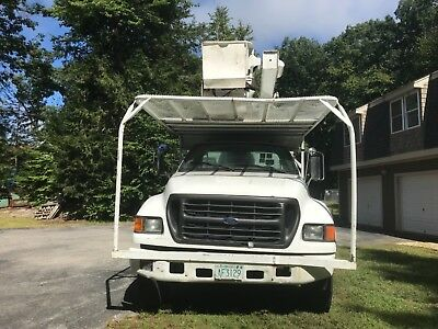 2003 Ford F750 7.2 CAT C7 DIESEL 65' VERSA-LIF OVER CENTER FORESTRY BUCKET TRUCK