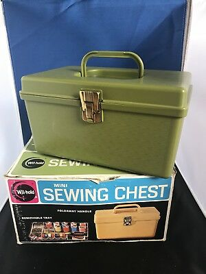 Vintage Wilson Wil-hold Mini Sewing Chest. Green NOS