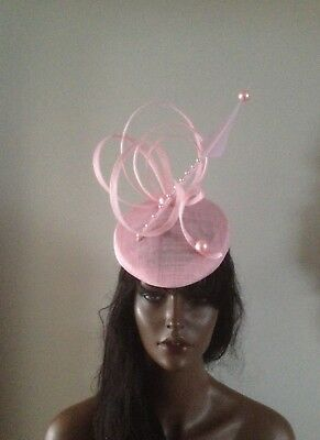 8955a37b64f3c Pink fascinator feather percher hat vintage ladies ascot