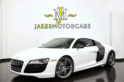 2012 Audi R8 5.2L V10 Coupe *RARE 6-SPEED MANUAL* 2012 R8 5.2 V10 COUPE~ RARE 6-SPEED~ WHITE ON BLACK~ 15K MILES~ LOTS OF CARBON!