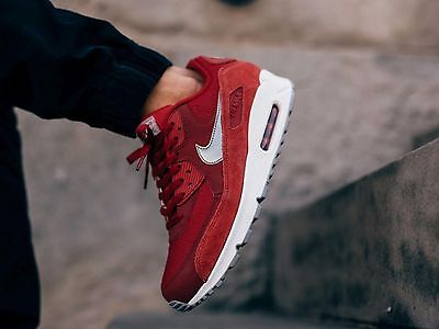 sports shoes 863f6 8e65e Nike Air Max 90 Essential Mens Sz 9 Gym Red Metallic Pewter White 537384