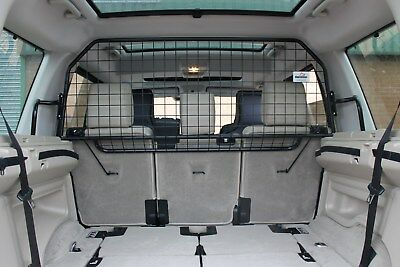 Land Rover Discovery 3 / 4 L319 ( 2004 - 2016 )   Dog Guard  Part no.G1427