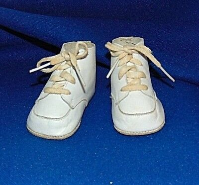 Infant Shoes Vintage 1950s Soft Leather White