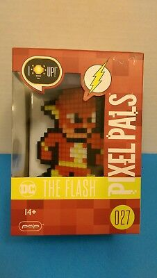 Pixel Pals DC Comics The Flash Collectible Lighted Figure justice league 027 pdp