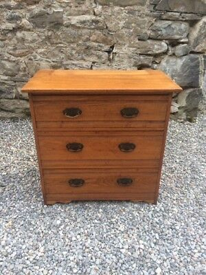 Antique / Vintage Rustic Ash / Pine Chest of Drawers