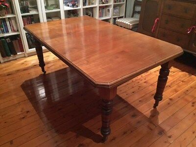 Victorian Extendable Dining Table - Fine Quality