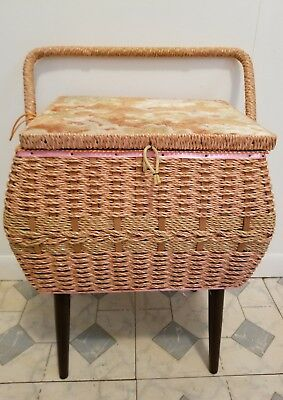 Vintage Singer Wicker Sewing Basket. Separate Tray W/Compartments. Legs. Handle