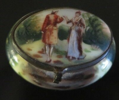 Lovely Painted Top & Bottom Small Trinket/Patch  Box