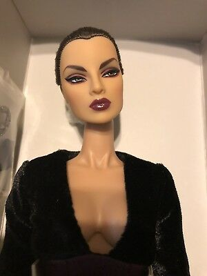 Integrity Toys 2017 Fashion Fairytale Convention Bite Out of Life Eugenia *NUDE*
