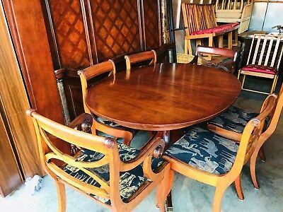 Beautiful Drexel Solid Mahogany Duncan Phyfe Style Oval Dining Room Table Set