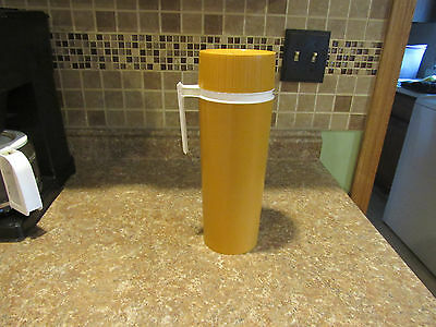 Vintage 1950's Thermos King gold plastic  model 7402