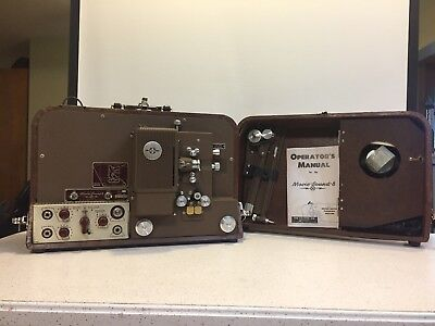 VINTAGE!!! The Calvin Company. T-54 MOVIE-SOUND-8 PROJECTOR - RUNNING!