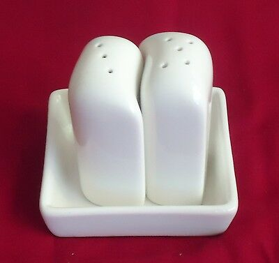 Lovely Australian Fine China Hotel Grade White Salt & Pepper Shakers & Base Tray