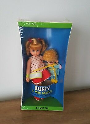 PRISTINE MINT! Vintage 1967 Buffy and Mrs. Beasley SEALED IN BOX ORIGINAL!
