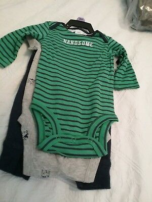 BOYS Size 000 Carters Mixed Clothing  BNWT