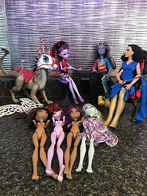 monster high doll lot Playset And Wonder Woman