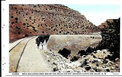 1023 Rock Ballasted Road Bed-Belen Cutoff & Clovis, NM.,FRED HARVEY  Postcard.