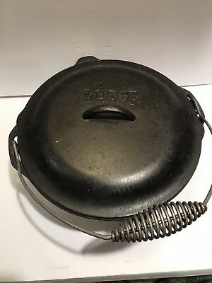Lodge #10 Cast Iron Dutch Oven Vintage #10DO with Bail Handle