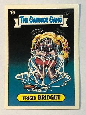The Garbage Gang Australia Card Sticker Garbage Pail Kids 32 Frigid Bridget 1985