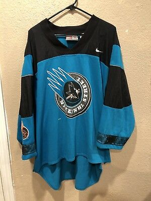 vintage san jose sharks Long Sleeve Jersey Style Size Large Made By Nike Starter