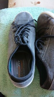 Sketchers Classic Fit Air Cooled -memory Foam Trainers Size 9uk