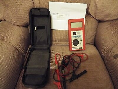 Newlec Insulation Tester NLINS3 c/w case & leads calibrated till 11.10.2019