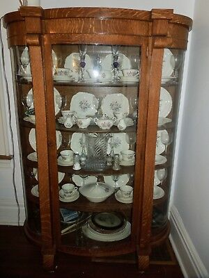 Antique Oak Curio China Cabinet – Curved Glass, Mirrored Back