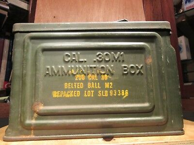 Vintage REEVES  WWII US Ammo Box 250 Cal. 30 Belted Ball M2  Cal .30 M1