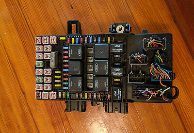2003-2006 Navigator-Expedition Under Dash Fuse Relay Box Oem 5L1T-14A067-Bc
