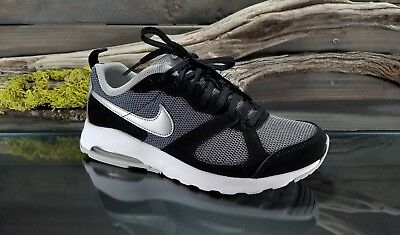 NIKE AIR MAX Muse Womens Sz 6.5 US Running Athletic Training Sneakers Shoes GUC