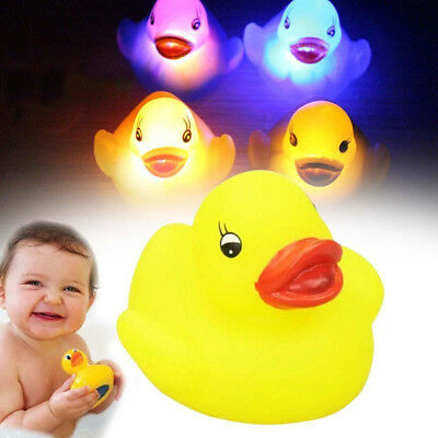 4Pcs Yellow Squeaky Ducks Flashing LED Coloured Light Up Bath Toys For Baby