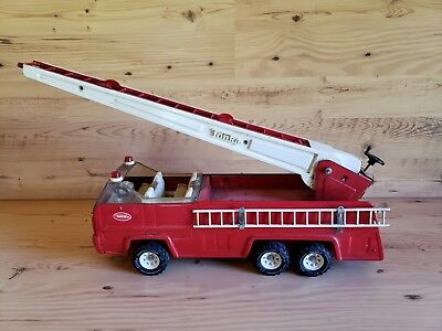 Vintage Tonka Red Fire Truck Rescue Vehicle With Extention Ladder Metal Toy